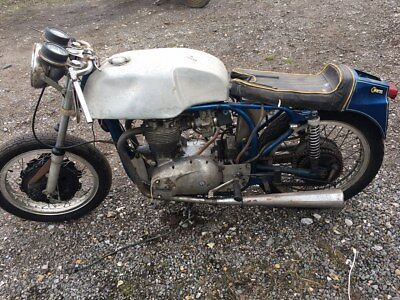 triumph triton norton barn find restoration project pre unit bonneville