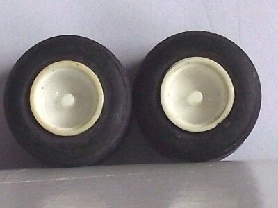 SCALEXTRIC     WHEELS   AND   TYRES    F1    REARS  x 2.