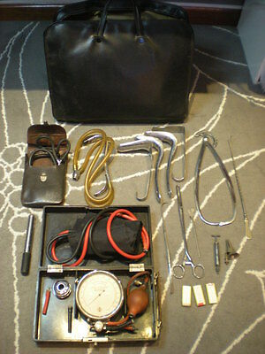 VINTAGE medical bag WITH A LOT OF MEDICAL TOOLS ANTIQUE veterinary skull measure