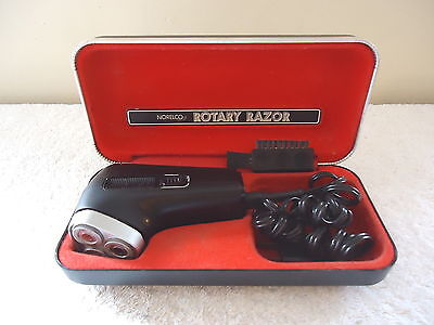 """Vintage Norelco Rotary Razor In Case """" GREAT COLLECTIBLE ITEM """""""