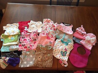 Very Nice Lot Of 0-3 Month Old Baby Girl Clothes/hats/pajamas/ & More!!