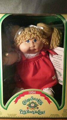 1984 Cabbage Patch Kid Blonde Hair Blue Eyes Canada Docs Unopened