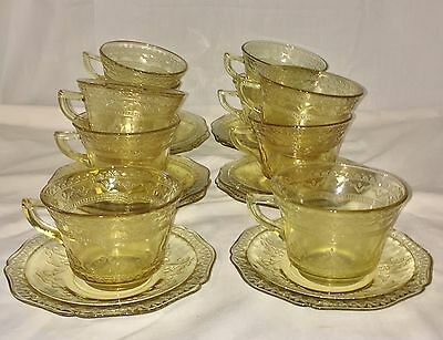 10 Federal PATRICIAN AMBER *CUPS & SAUCERS*