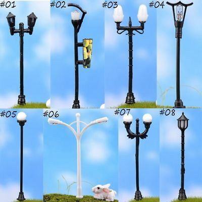 2PC 1:12 Dollhouse Miniature Black Metal LED Light Street Garden Lamp Home Decor