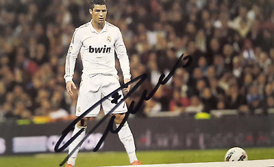 Lot of 2 Lionel Messi & Cristiano Ronaldo signed photos with COA autograph 4x6