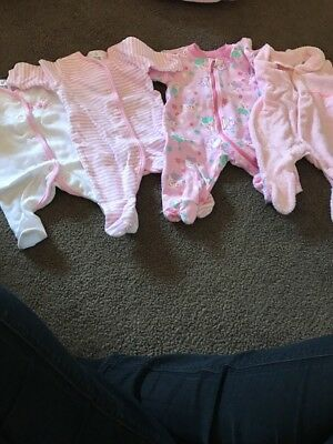 Baby Girl Outfit Bundle - Size 0000