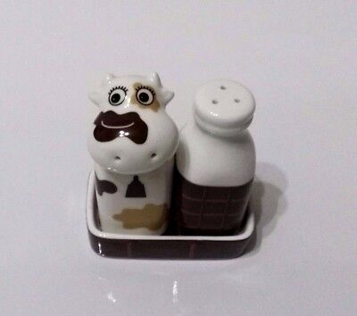 SALT AND PEPPER SHAKERS - Cow & Milk with tray (chocolate) - Ceramic