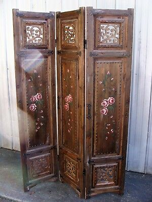 Rustic Timber Room Divider Privacy Screen, Three Panels, Can Deliver
