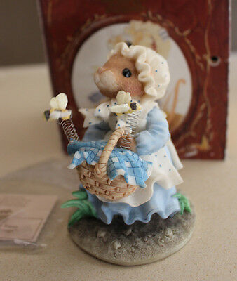 Vintage 1996 Enesco Priscilla's Mouse Tales All Things Small Bees #204234 NIB