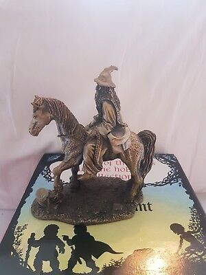 tudor mint lord of the rings gandalf and shadowfax figure no. 5035