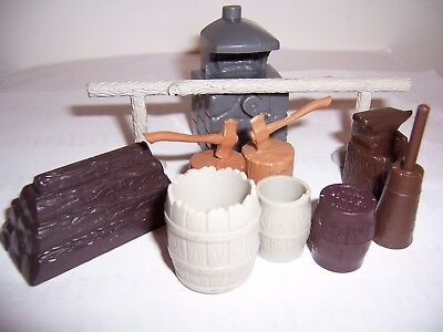 Lot of original vintage Marx Western Ranch playsets hard plastic accessories