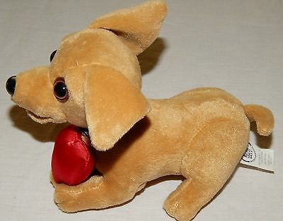 Taco Bell Chihuahua Yo Quiero Dog Heart Says Grrr Valentine's Day Talking Plush