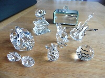 Swarovski Crystal Collection including: Double base, Gramophone, Swan & Cygnets