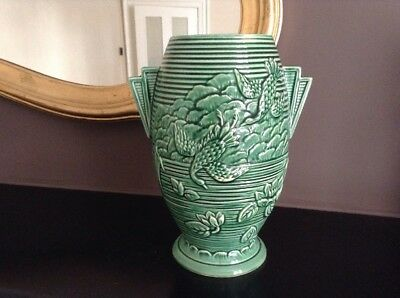 Stunning Art Deco  Made In England  Marked Fen Vase Depicting  Oriental Birds