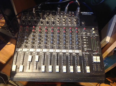 mixer Mackie micro series 1402 vlz made in USA