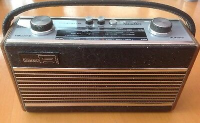 Vintage Roberts Rambler radio Complete and Working in Black and wood