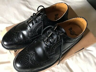 Dr Martens mens black shoes brogue size 8 worn once excellent condition