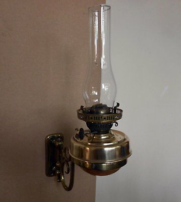 Vintage Brass wall hung oil/paraffin Lamp for restoration