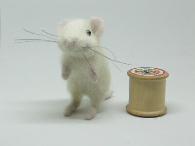 Needle Felted Mouse With Smile Animal OOAK