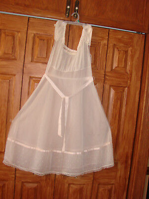 Vintage Night Gowns various makers see descriptions  lot of 9