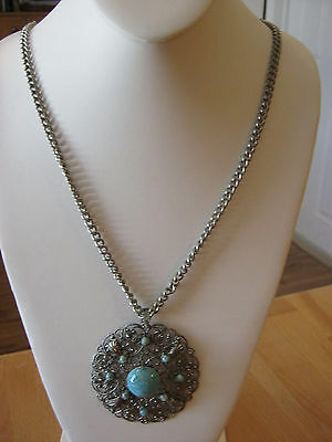 Turquoise & silver vintage pendant necklace, turquoise stones set in silver