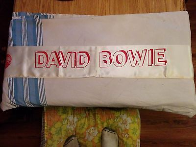 """David Bowie, VTG, 53"""" Inch Screen Printed DOUBLE-SIDED, White Stadium Scarf USED"""