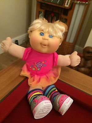Twinkle toes cabbage patch doll