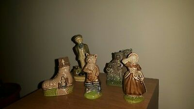 Collection of wade figurines. All in beautiful condition.