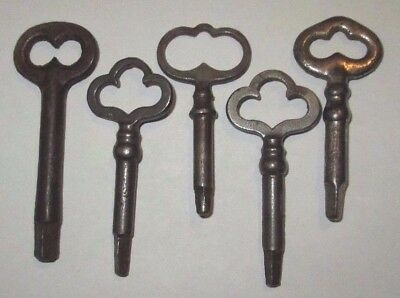 lot of 5 VINTAGE SINGER SEWING MACHINE SKELETON KEYS  3 and 4 SIDED ANTIQUE KEY
