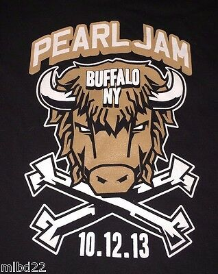 PEARL JAM - Buffalo NY T-SHIRT Size XXL - Oct 12 2013 WOW lightning bolt msg