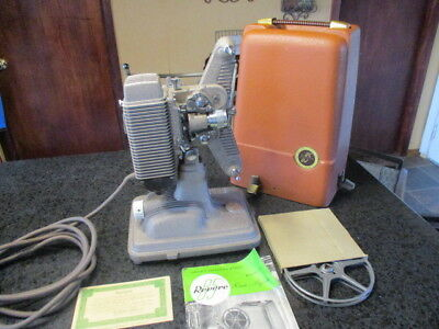 RARE ~~~Vintage Revere Eight 8MM Film Projector Model 85 with case 1948