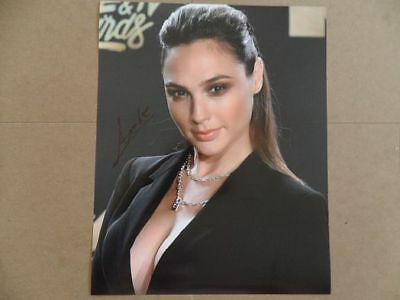 "Gal Gadot Signed -Autographed Photo ""Justice"""