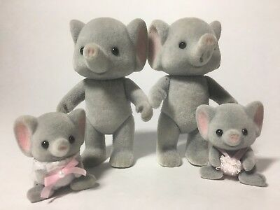 Calico Critters Sylvanian Families Ellwood Elephant family with twins