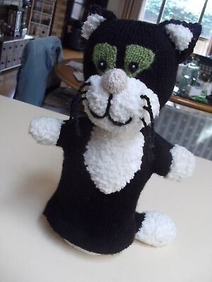 Knitted CAT HAND-PUPPET