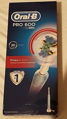 Floss Action Oral-B Pro 600 Electric Toothbrush Floss Action new