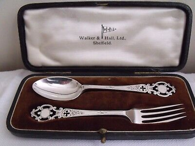 Cased Silver Plated Christening Set, Walker & hall, Sheffield