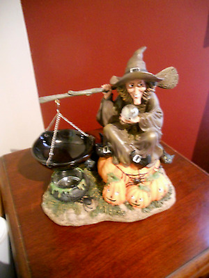 Retired Yankee Candle Halloween Hanging Tart Warmer Witch