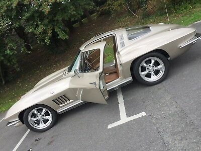 1964 Corvette Stingray Coupe Manual 4 Speed - An American Classic