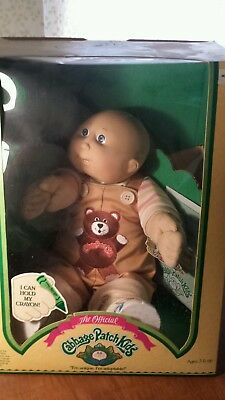 1986? Cabbage Patch Kid Bald Blue Eyes Two teeth Lester Maurice unopened docs