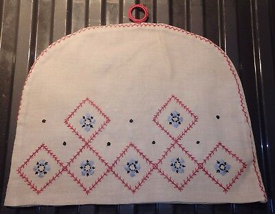 VINTAGE embroidered tea cosy  (VB37)