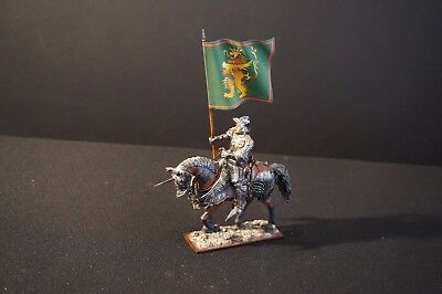 """St. Petersburg"" 54 mm mounted Knight with Lion flag"
