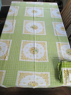 Vintage Tablecloth+8 matching Napkins Linen Blend Green Floral Beautiful quality
