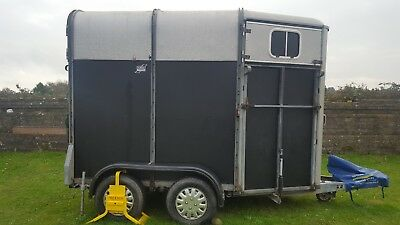Ifor Williams HB505 Horse Trailer / Horsebox in good clean condition