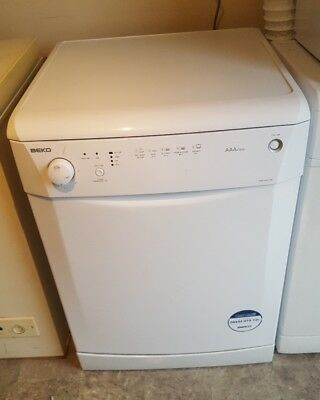 dishwasher Beko dwd5411w