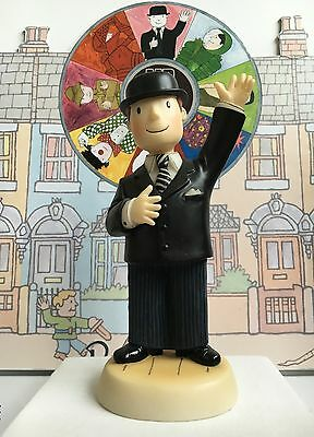 Robert Harrop Mr Benn 'himself' With 52 Festive Road Front Door Key Souvenir Mib