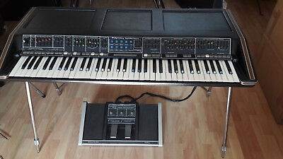 ultra rare MOOG POLYMOOG synthesizer 203A + 285a Polypedal - FULLY accessorized!