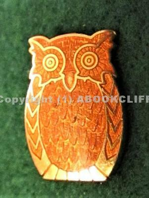 GIRL GUIDES CANADA TAWNY OWL APPOINTMENT Pin GUILLOCHE ENAMEL