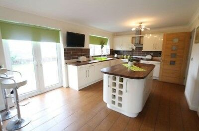 5 Bedroom Detached House For Sale, Gelli Seren, Thomastown, South Wales.