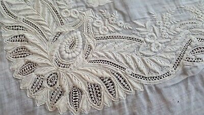 Antique White Raised Embroidered Cutwork Lace Linen Hankie Repurpose Cutter