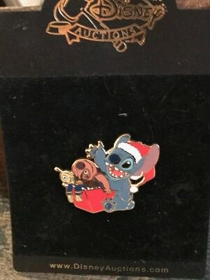 Disney Auctions - Stitch Opens Present Pin- LE 1,000